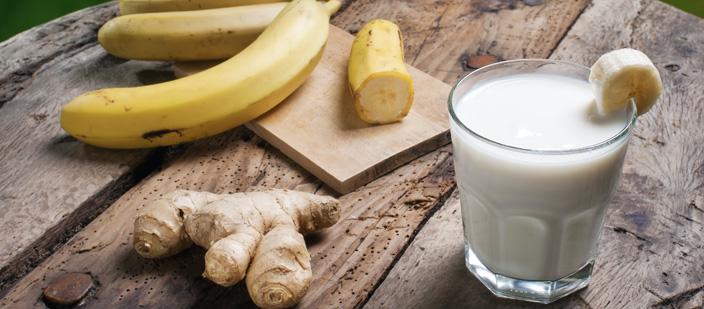 Банановый смузи с имбирем