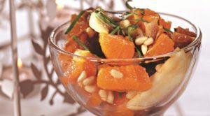 Салат из фиников и мандаринов