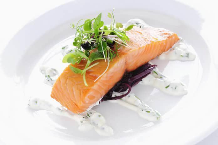 Могут ли рыбные продукты помочь в лечении ревматоидного артрита?